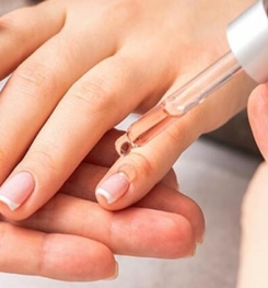 Herbal Oil Based Fingernail Care And Moisture Lotion Formulation And Production